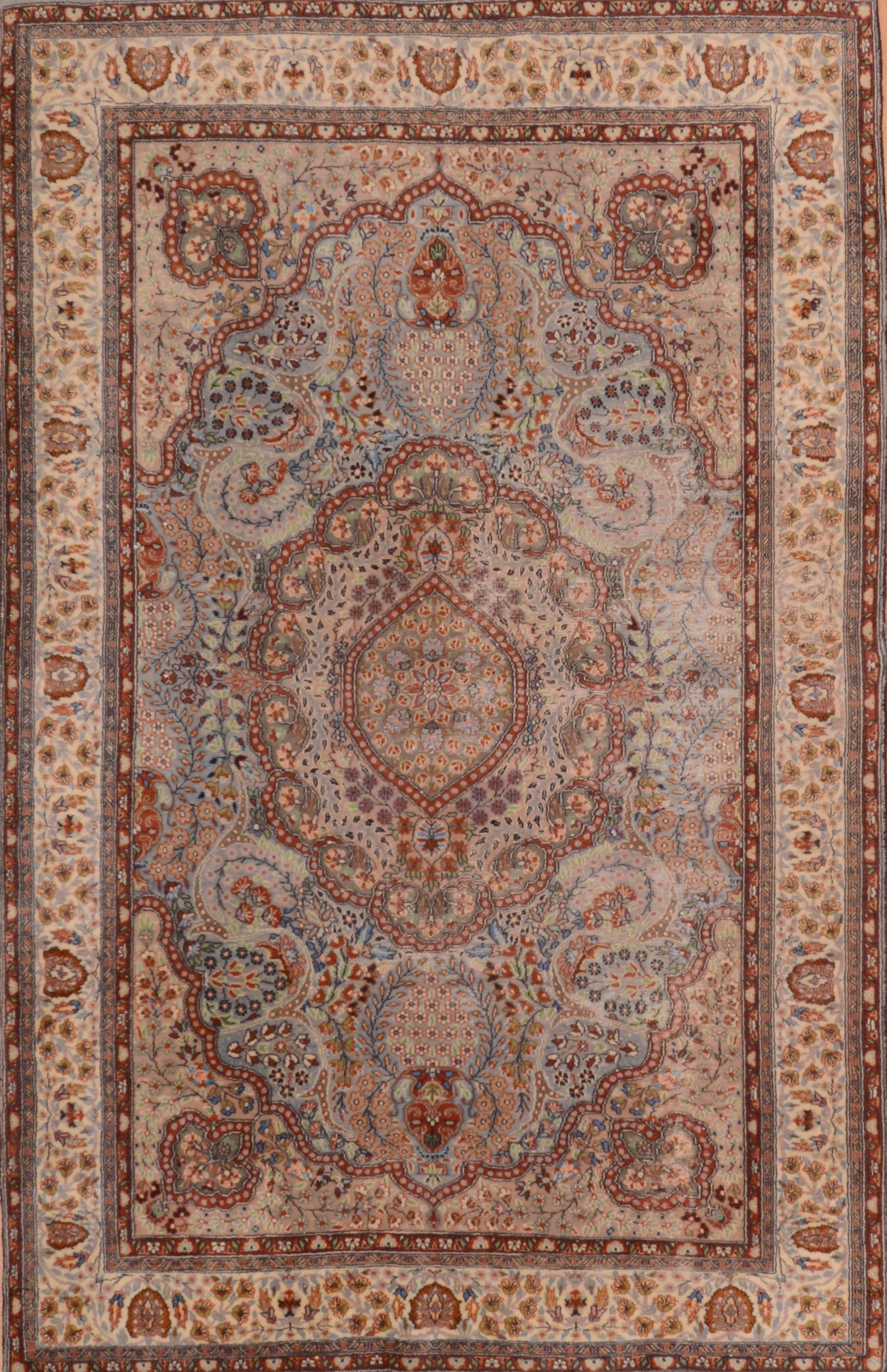 Green Rectangle 5x7 ft Wool Carpet
