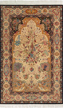"Pak-Persian Beige Hand Knotted 4'6"" X 7'2""  Area Rug 700-136368"