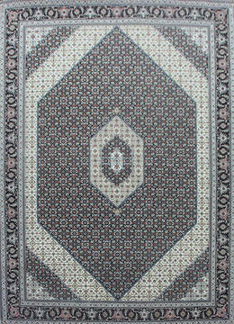 Indian Bidjar Black Rectangle 6x9 ft Wool and Silk Carpet 144931