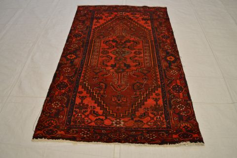 Persian Zanjan Red Rectangle 6 Ft And Smaller Wool Carpet